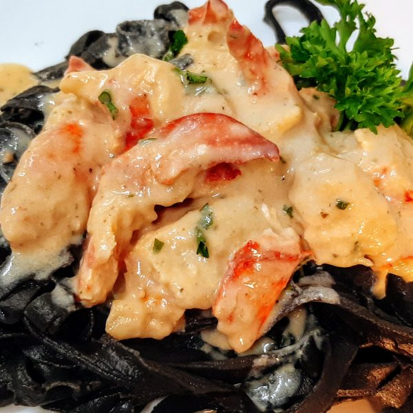Maine Lobster Alfredo – Limited Time!